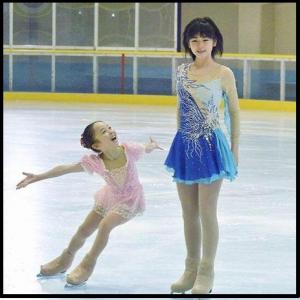 小芝風花スケート